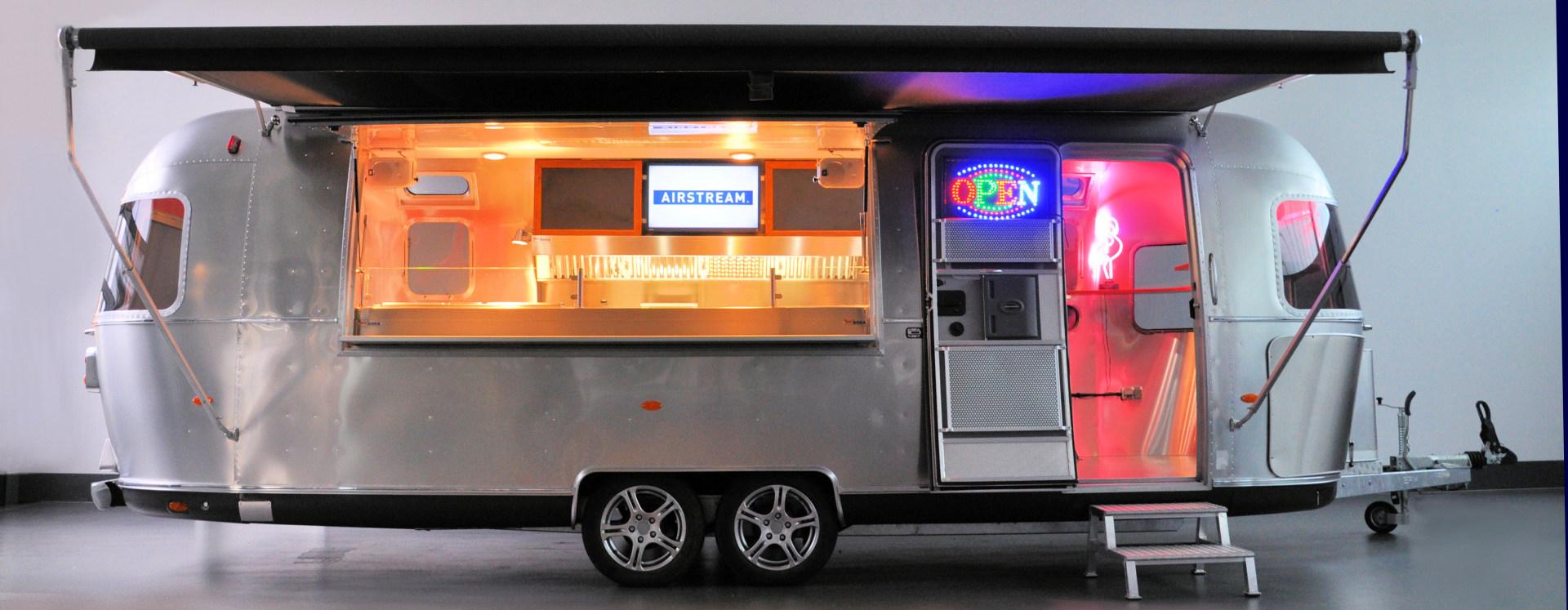 Airstream Diner XL - Airstream Profiküche auf 17 Quadratmetern