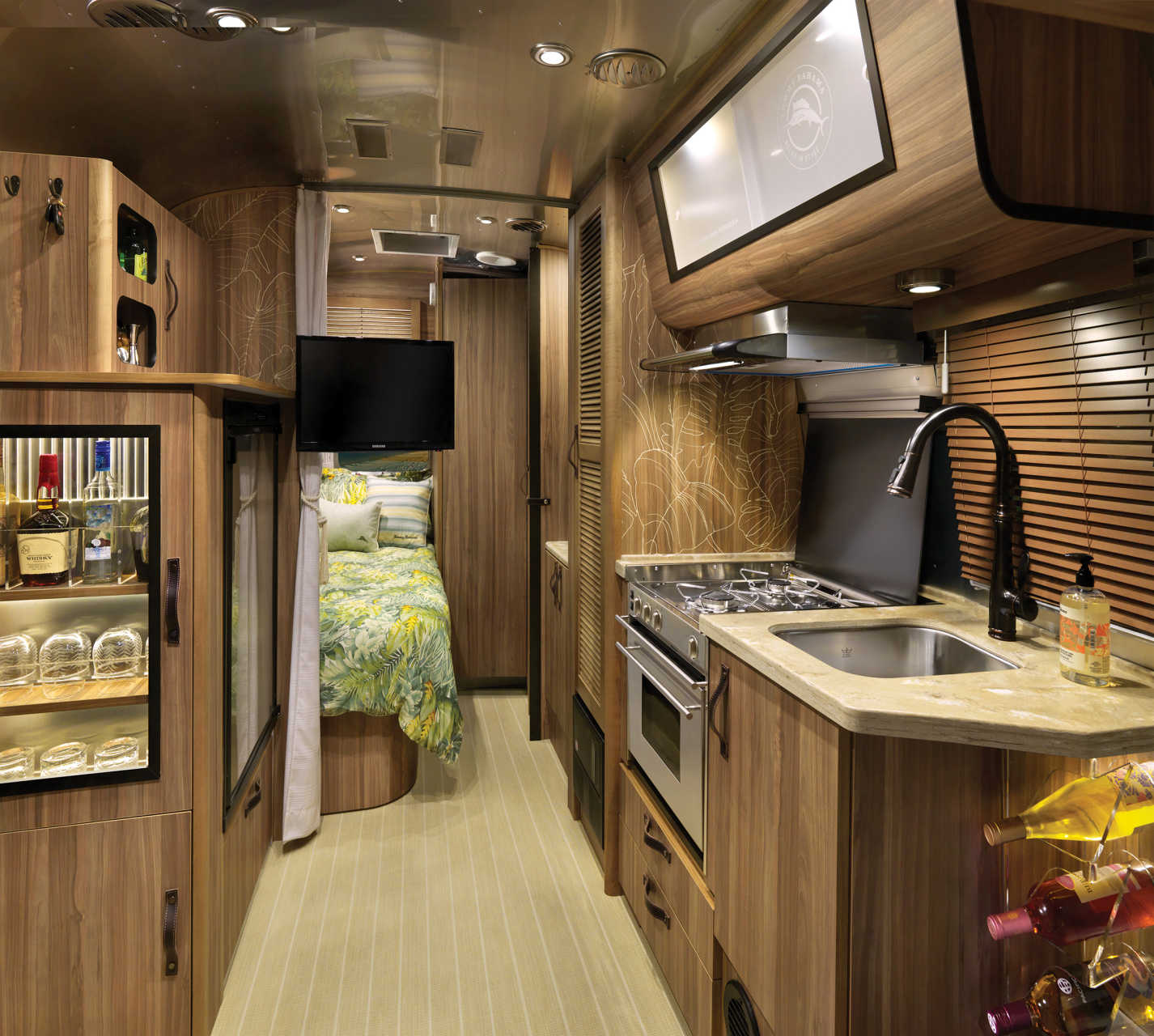 The Airstream Tommy Bahama comes to Germany